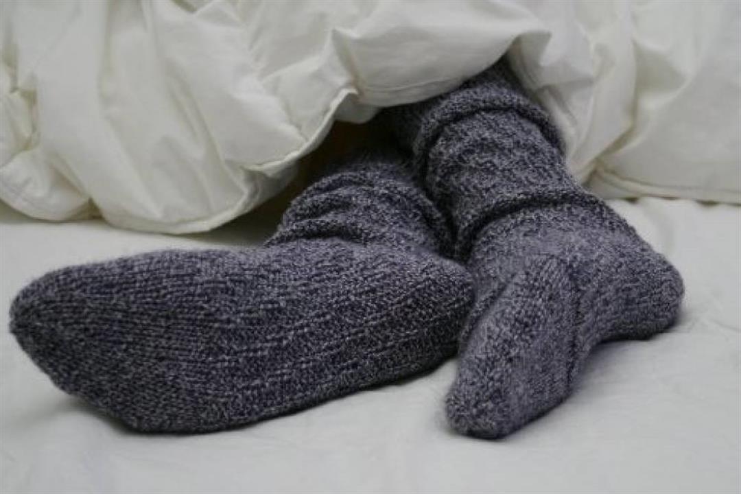لمحبي الجوارب في الشتاء.. هذا ما يحدث لقدميك عند ارتدائها لفترة طويلة