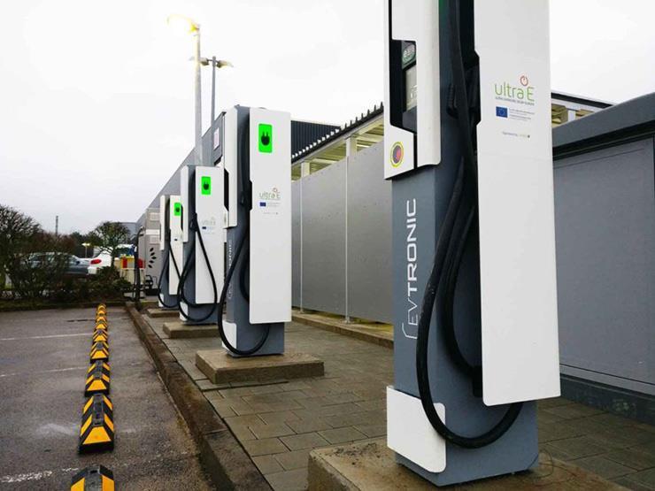 دراسة: ألمانيا بحاجة لـ 440 ألف نقطة شحن للسيارات الكهربائية في 2030