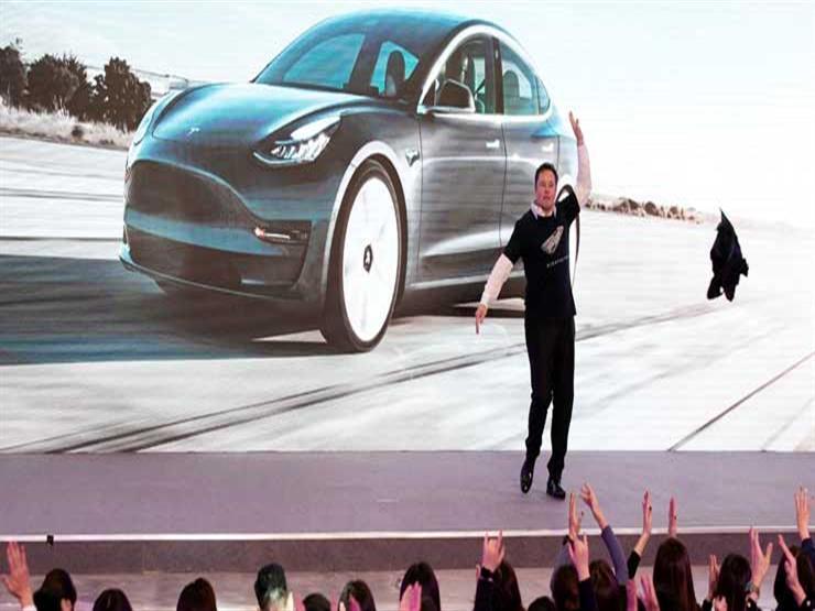 التفاؤل بمستقبل السيارات الكهربائية يصعد بسهم تيسلا إلى مستوى قياسي