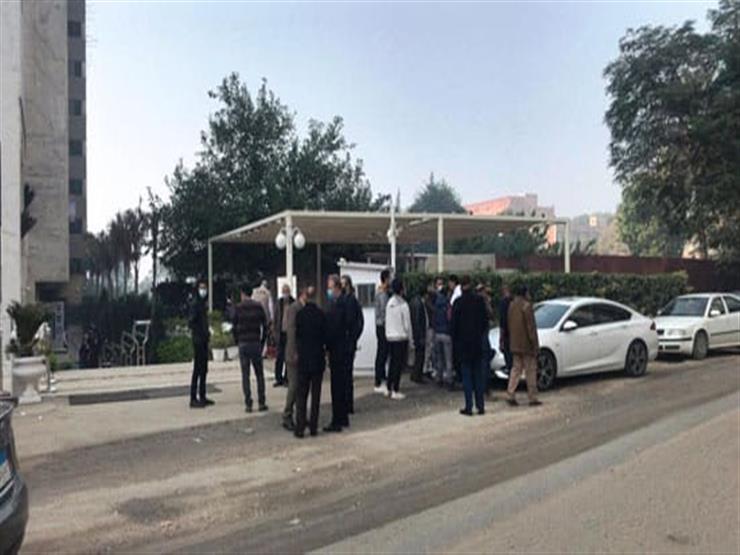أداء صلاة الجنازة على الحقوقي حافظ أبوسعدة بمسجد حسين صدقي بالمعادي