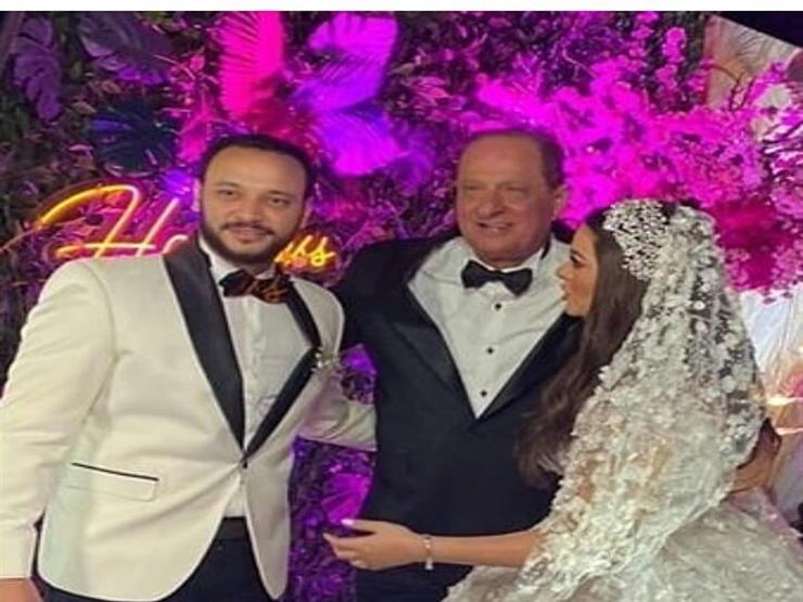 لحظة دخول أحمد خالد صالح لساحة حفل الزفاف.. ورد فعل هنادي مه | مصراوى