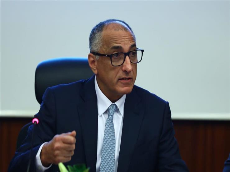 عامر: انتقال مقرات 28 بنكا للعاصمة الإدارية الجديدة نهاية العام المقبل