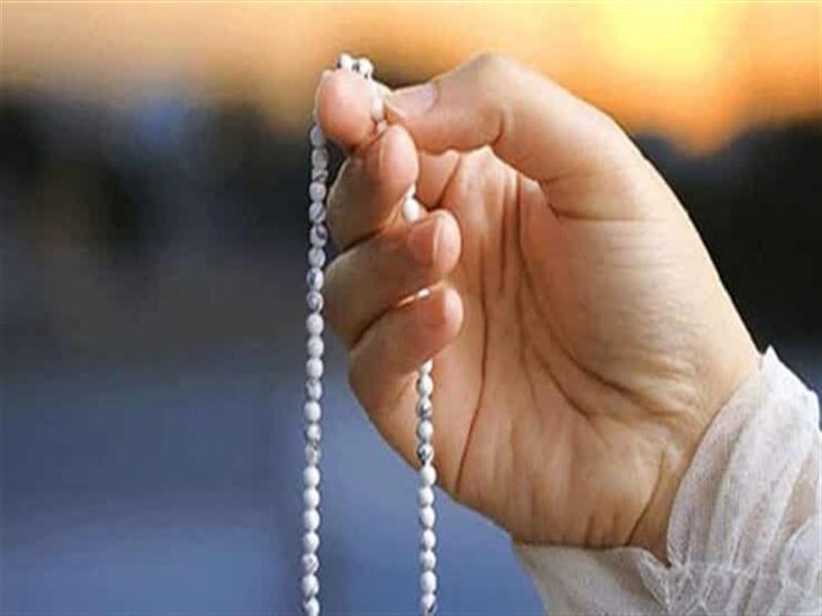أي الذكر أفضل.. الاستغفار أم الصلاة على النبي؟.. أمين الفتوى يوضح