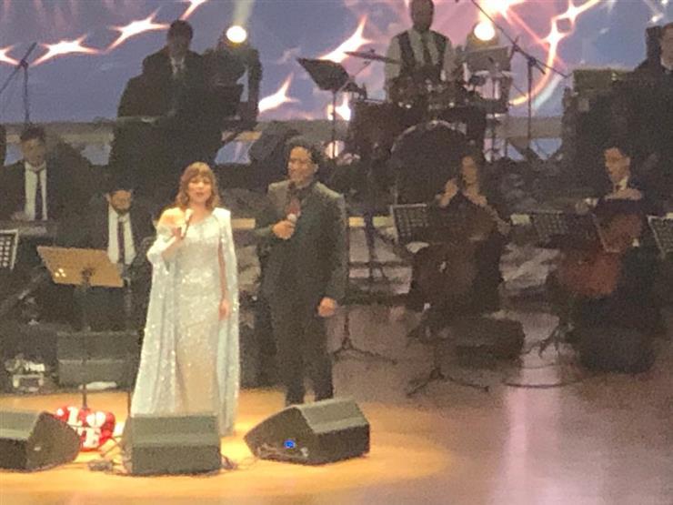 أصالة تغني مع مصطفى شوقي أغنيته ملطشة القلوب (فيديو)