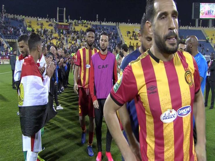 لاعبو الزمالك ينظمون ممرا شرفيا للترجي التونسي