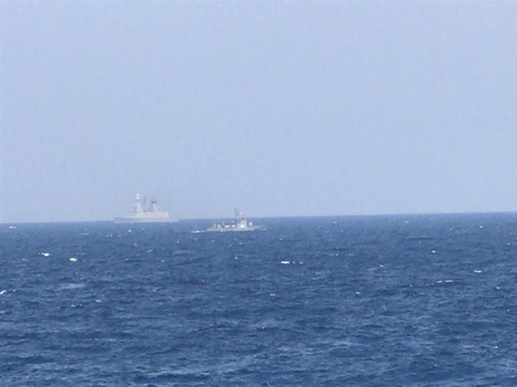 بمشاركة القوات المتمركزة في برنيس.. القوات البحرية المصرية والفرنسية تنفذان تدريبا بحريا