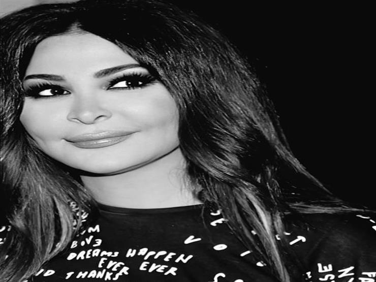 """إليسا تهاجم الحكومة بعد اكتشاف حالة """"كورونا"""" في لبنان"""