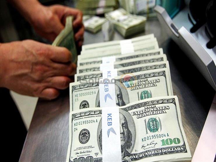 """توقعات باستمرار ارتفاع الدولار أمام الجنيه بسبب """"مخاوف كورونا"""""""