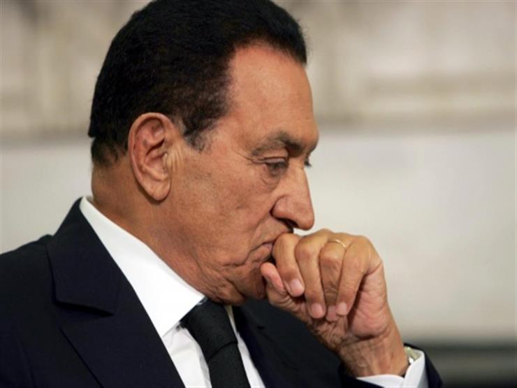صدر في الرابعة عصرا.. طبيب يكشف لمصراوي تفاصيل تصريح دفن مبارك