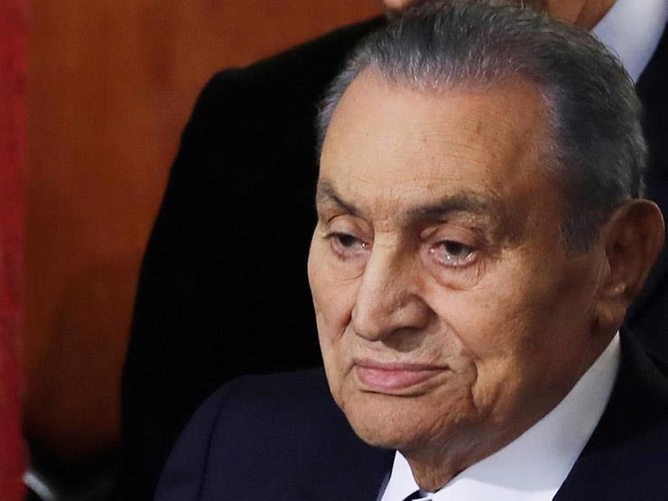"""جدل مواقع التواصل.. أوصاف """"مبارك"""" بعد الوفاة"""