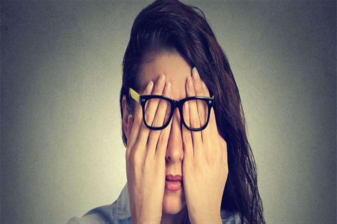 أبرزها الصداع النصفي.. 8 مشكلات صحية تخبرك بها العين