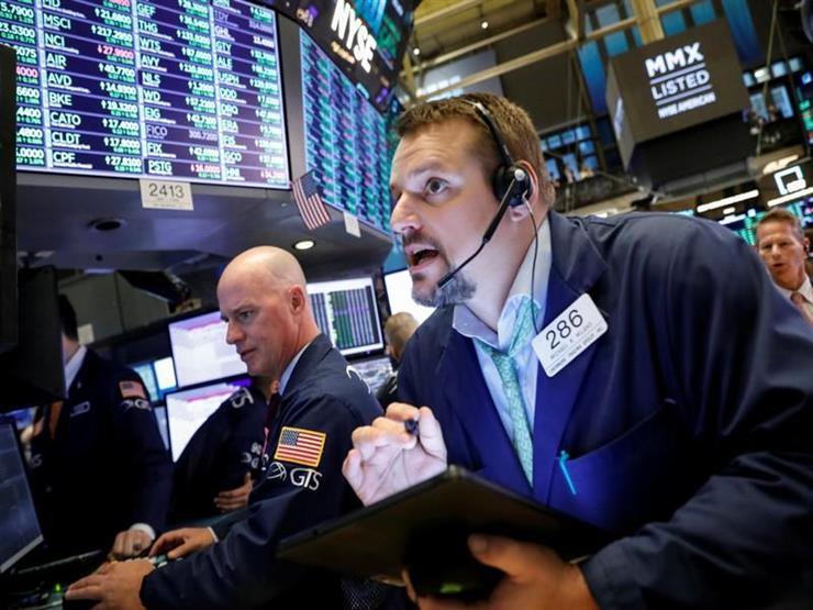 """""""الذعر يجتاح العالم"""".. ماذا فعل كورونا بأسواق الذهب والأسهم في 24 ساعة؟"""