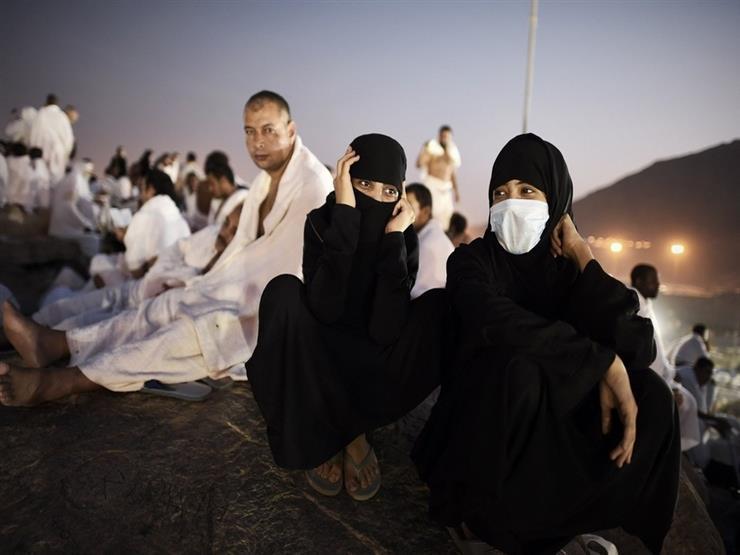 الإفتاء: يجوز للمحرم لبس الكمامة الطبية ولا فدية عليه