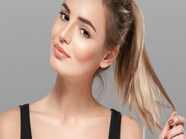 تهدد شعرك بالتلف والتساقط.. 5 عادات يومية احذريها