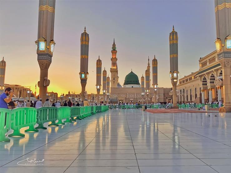 """صورة """"المساجد بيوت الله وأحب البقاع إليه لا يعمرها إلا المؤمنون""""."""