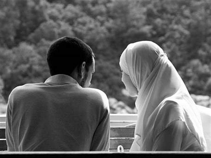 بالفيديو| أمين الفتوى ينصح رجلا دائم الشكوى من زوجته ويصفها بما ليس فيها