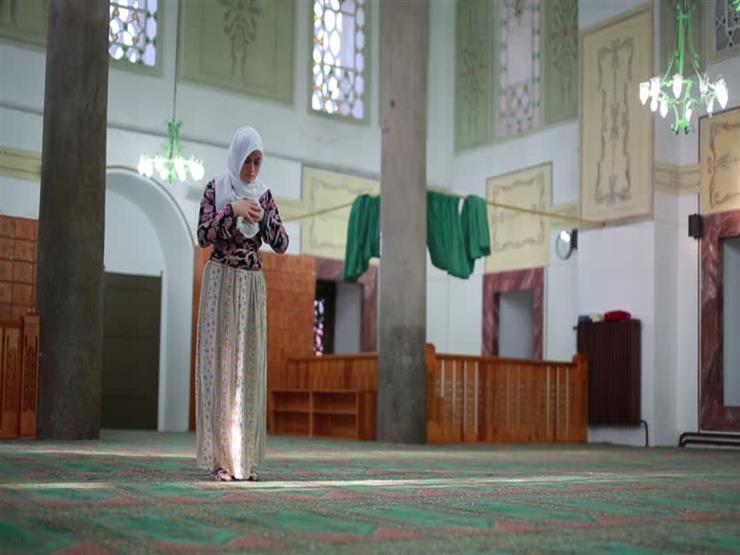 أمين الفتوى يوضح حكم صلاة المرأة بعد الحيض ويعطي قاعدة عامة للقياس عليها
