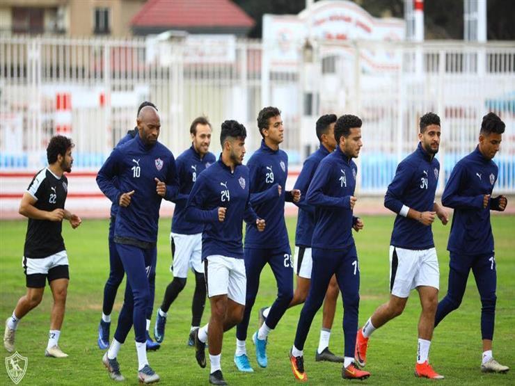 الزمالك يصل برج العرب استعداداً لاستئناف بطولة الدوري