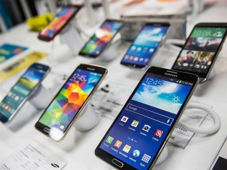 كورونا يضرب سوق الهواتف الذكية.. والمبيعات تنخفض لرقم تاريخي