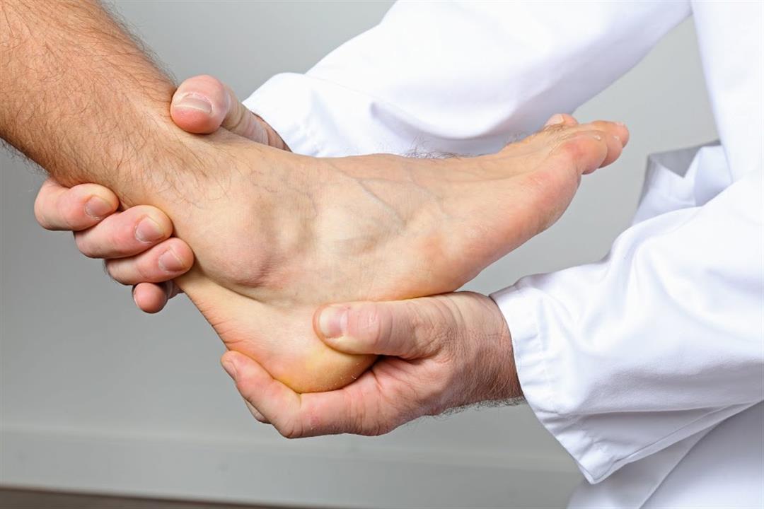4 علامات تنذرك به.. إليك أسباب قصور الدورة الدموية الطرفية وعلاجها