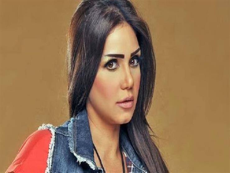 """""""اتخضيت"""".. إيناس عز الدين تنفي إصابتها بفيروس كورونا"""