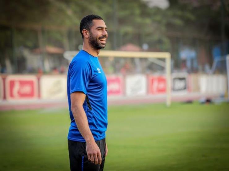 """""""كلامه تغير"""" رسائل نارية من وكيل أحمد فتحي بعد قرار رحيله عن الأهلي"""