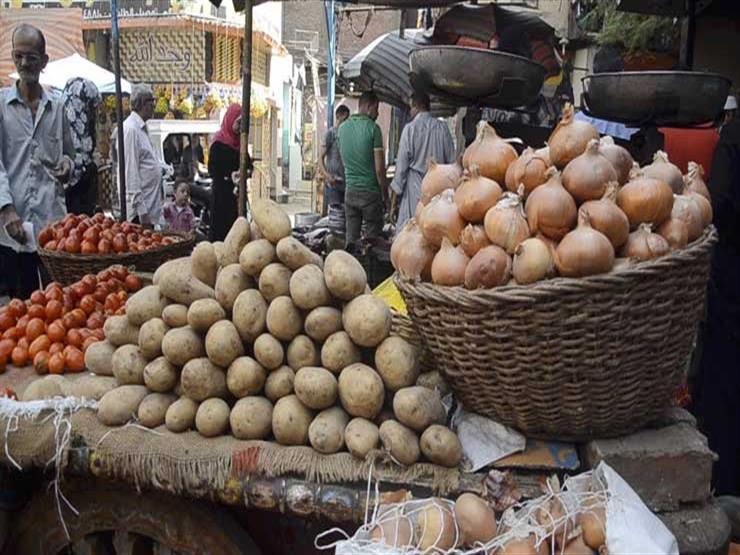 أسعار الخضر والفاكهة في سوق العبور اليوم