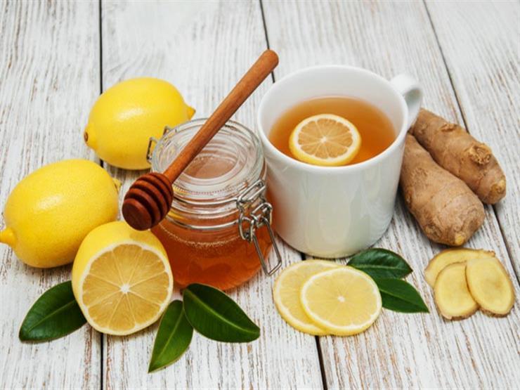 هل الإكثار من تناول الليمون والزنجبيل يضعف المناعة؟