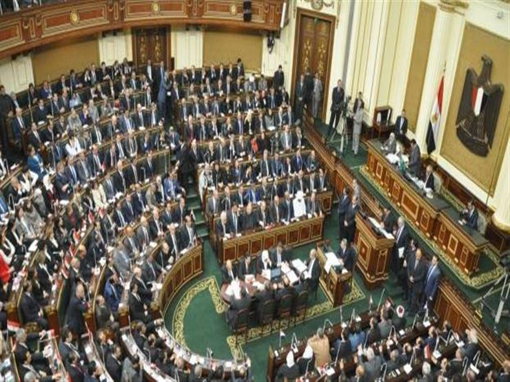 البرلمان يحذف فرض رسوم جديدة على أسعار البنزين والسولار من القانون الجديد
