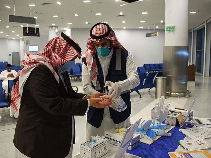 السعودية: 15 حالة وفاة و2442 إصابة جديدة بفيروس كورونا
