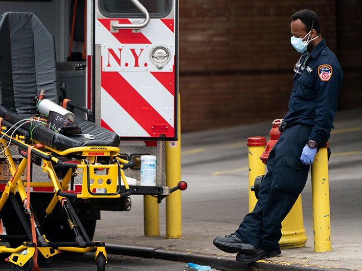 مشاهد مؤلمة من داخل مستشفى كورونا بنيويورك.. أهكذا يبدو الجحيم؟