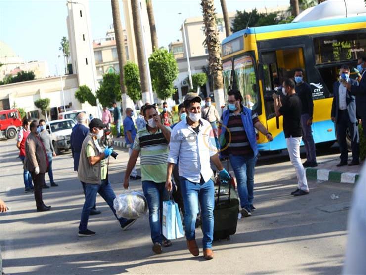 القوى العاملة: عودة 6 آلاف مصري من مخالفي الإقامة بالكويت