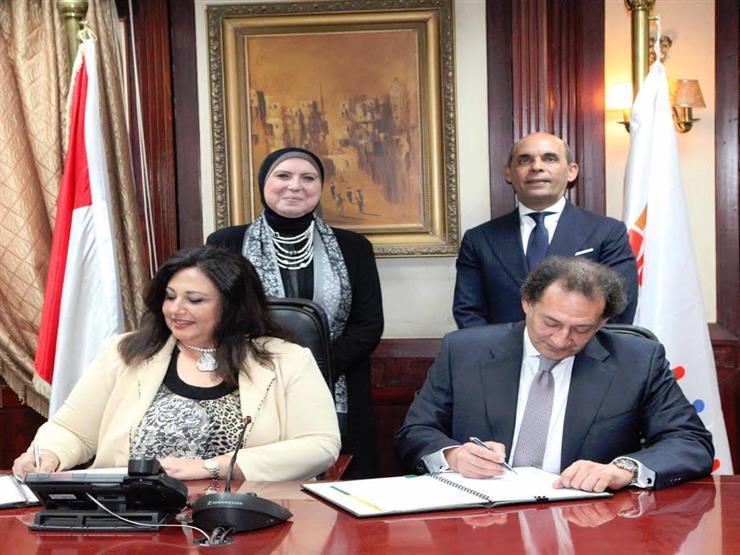 جهاز تنمية المشروعات يقدم 620 مليون جنيه لبنك القاهرة لتمويل مشروعات متناهية الصغر