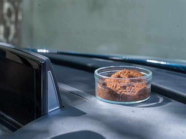 القهوة .. هل تقضي على الروائح الكريهة بسيارتك حقا؟