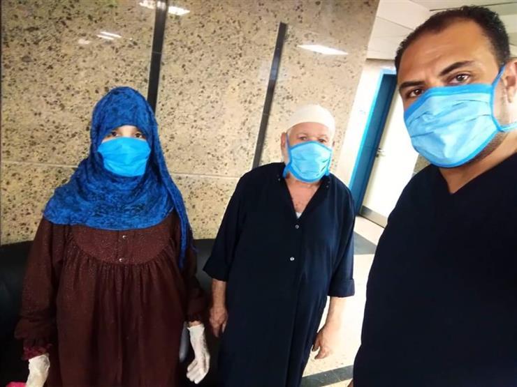 بعد تعافيهما.. خروج حالتين من مصابي كورونا في مستشفى العزل بقها