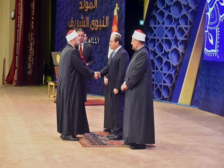 خطيب عيد الفطر: إعداد الخطبة يستغرق أسبوعا.. وإمامتي للصلاة شرف كبير