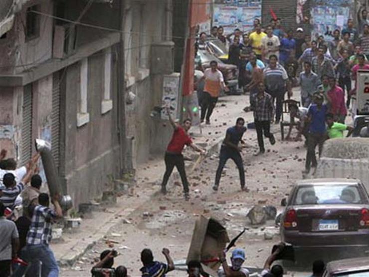 """""""حرب شوارع"""" بفيصل.. والشرطة تحكم سيطرتها"""