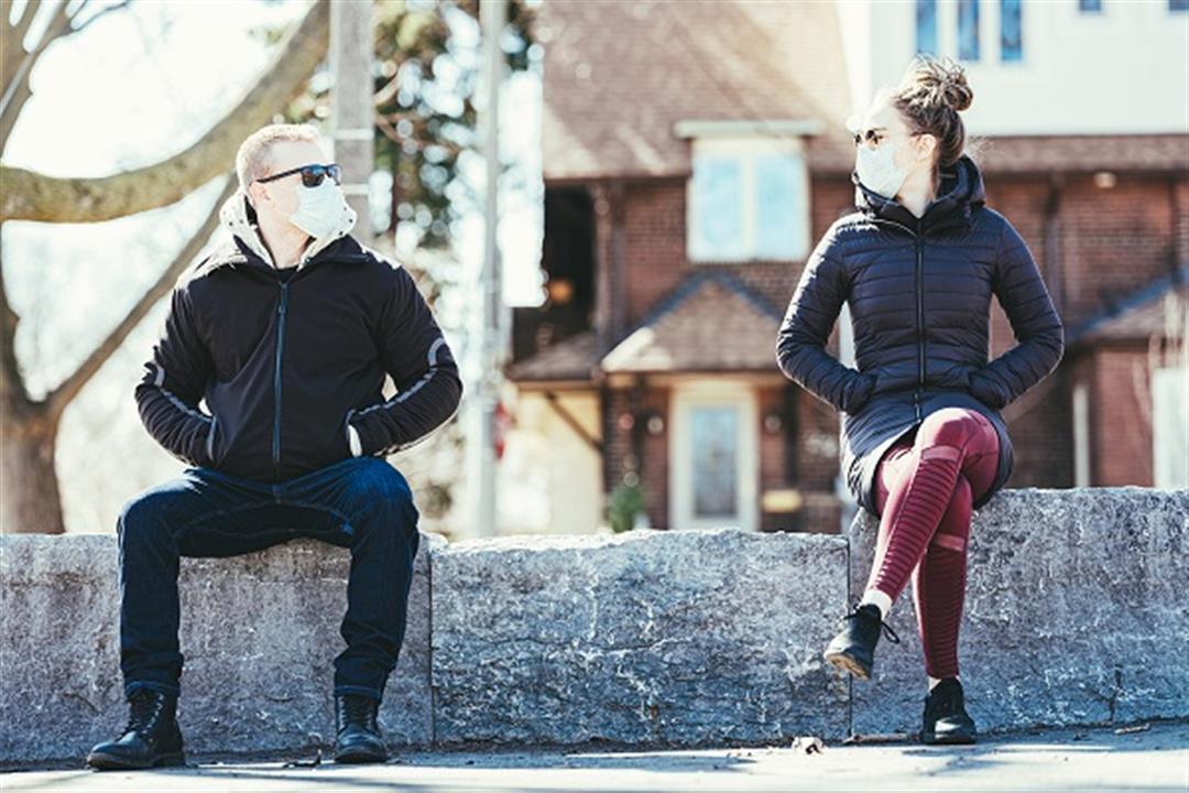 كيف تتصرف مع غير الملتزمين بالتباعد الاجتماعي؟.. طبيب نفسي يوضح