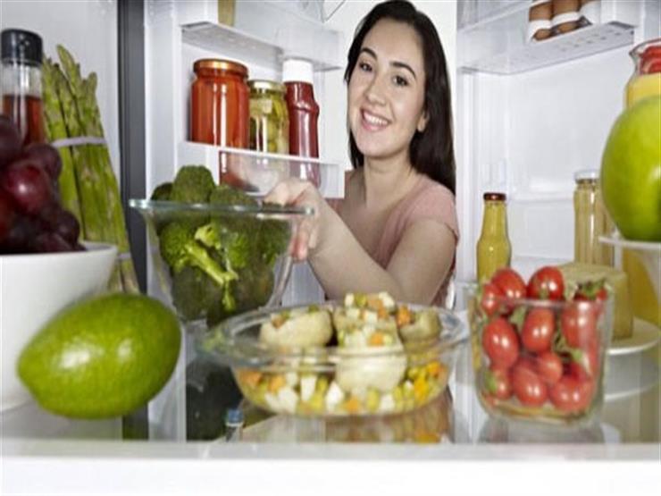 8 أنواع من الأطعمة احذر تناولها قبل النوم.. إليك أضرارها