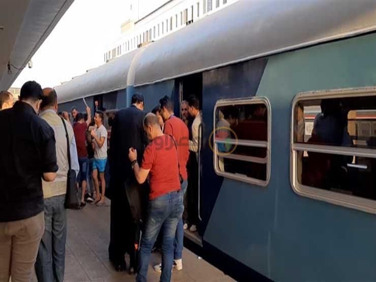 بدءا من السبت.. مصدر بالسكة الحديد: منع ركوب القطارات دون ارتداء الكمامات