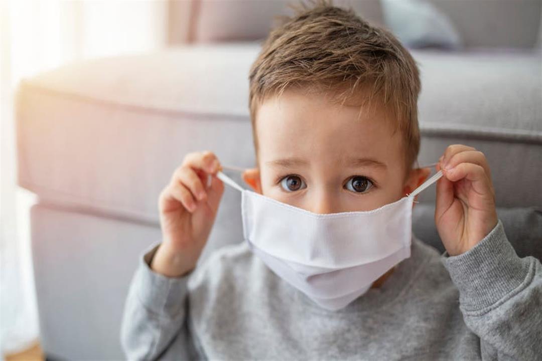 تعرف على أعراض كورونا.. طرق رعاية طفلك منزليا حال الإصابة بالفيروس