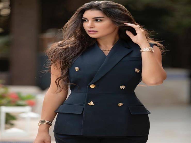 ياسمين صبري تخطف الأنظار في أحدث ظهور لها
