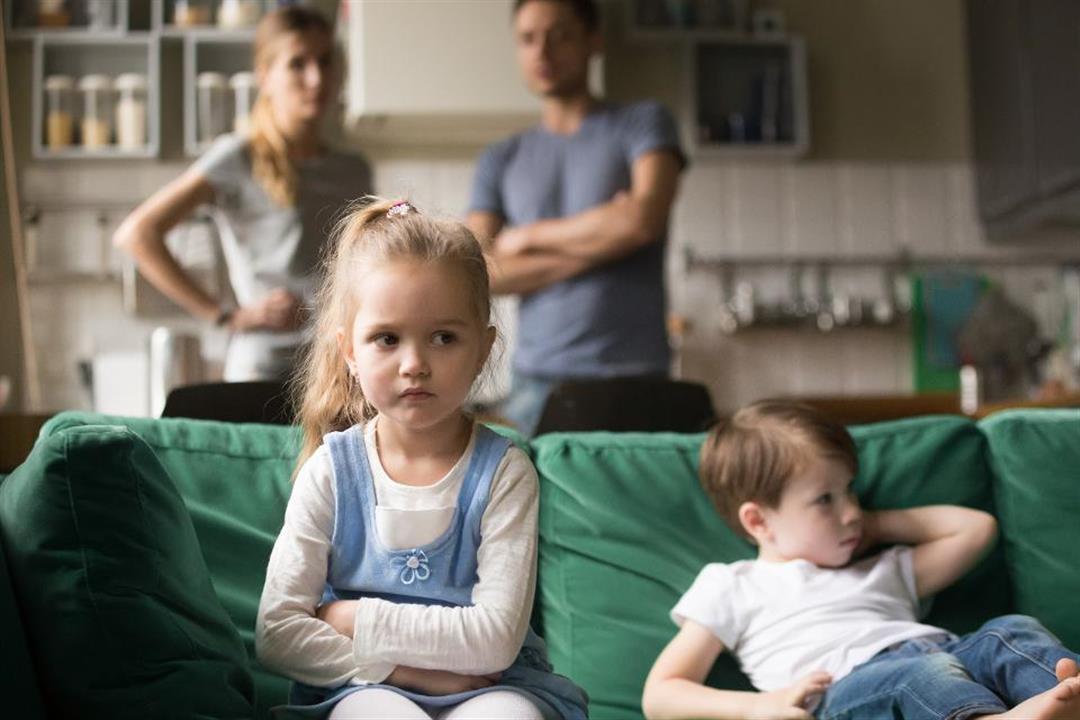 """""""أطفال ما بعد الجائحة"""".. كيف تحمي ابنك من المخاطر النفسية لكورونا؟"""