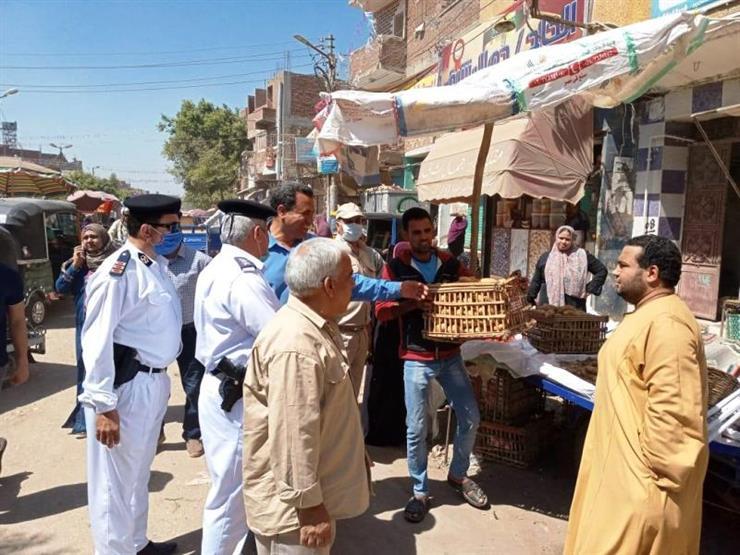 فض 5 أسواق مخالفة بـ 4 مدن في القليوبية   مصراوى