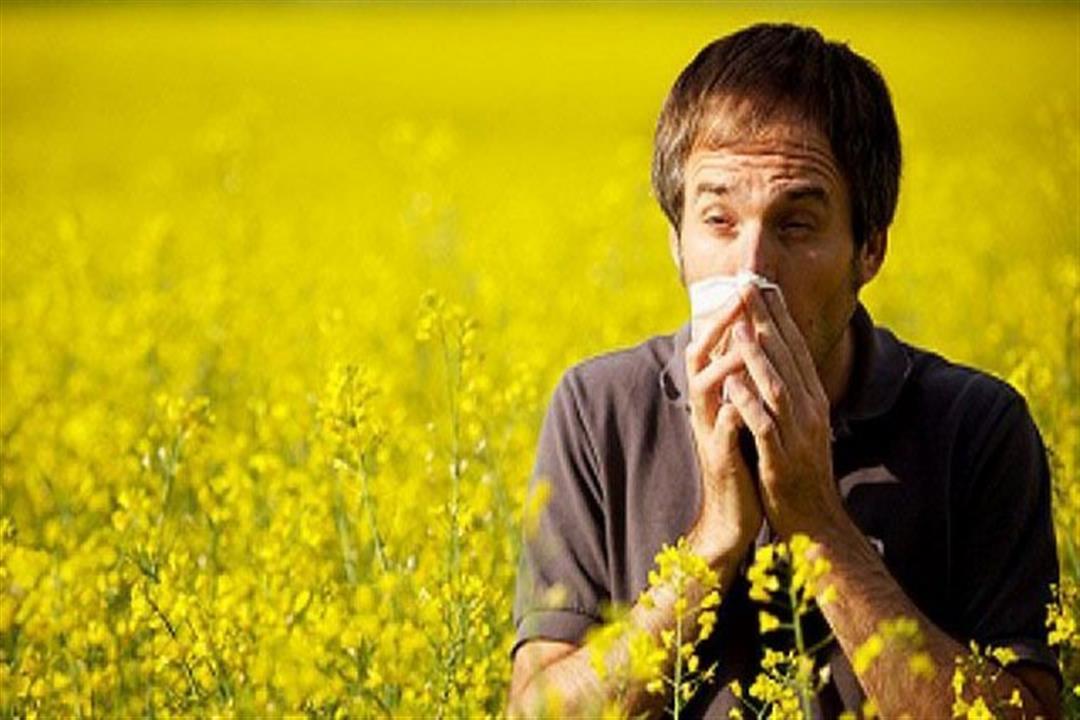 أعراضهما متشابهة.. كيف تفرق بين الإصابة بكورونا وحساسية الربيع؟