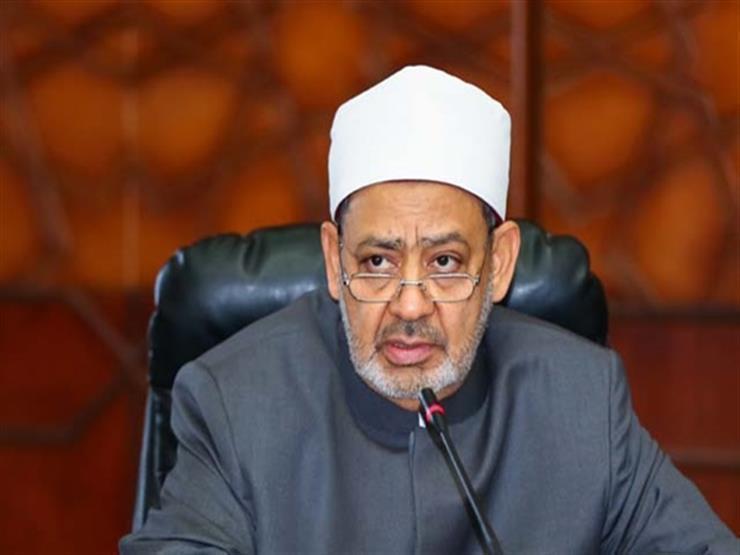 شيخ الأزهر يطمئن على صحة رئيس الوزراء الكويتي بعد إجرائه عملية جراحية