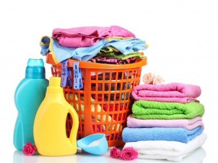 أخطاء شائعة نرتكبها عند غسل الملابس.. تجنبيها