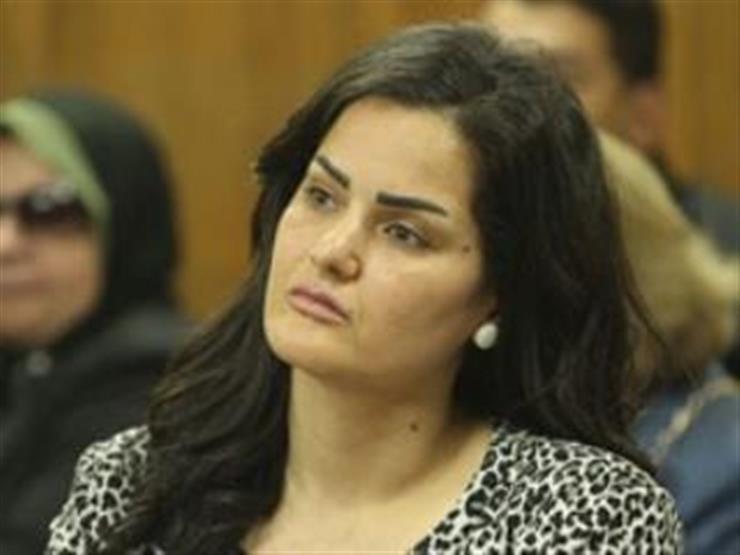 """""""صمت وذهول"""".. سما المصري """"بدون تعليق"""" بعد حبسها سنتين بقضية الدعارة"""