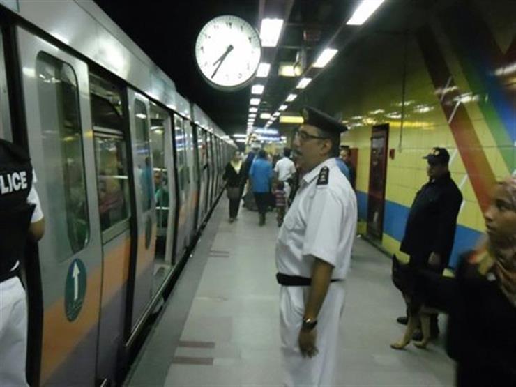 """التحريات في واقعة شاب """"مترو الجامعة"""": متسول ولم يهدد بالانتحار"""