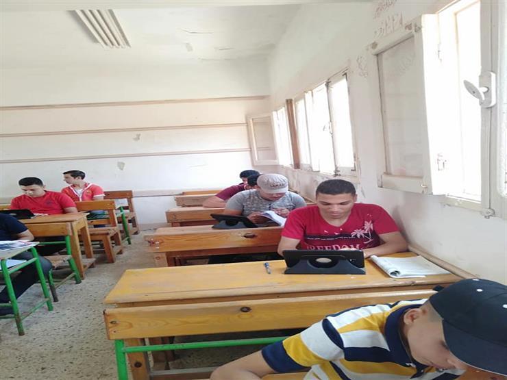 بعد قليل.. طلاب الثانوية يؤدون امتحان الديناميكا